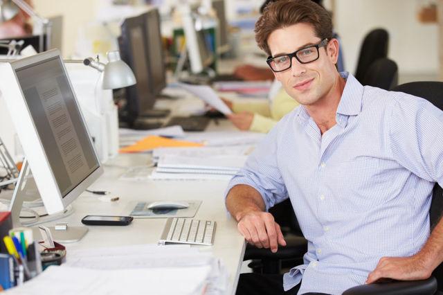 Оформление справки по месту работы у ИП для работника и самому себе