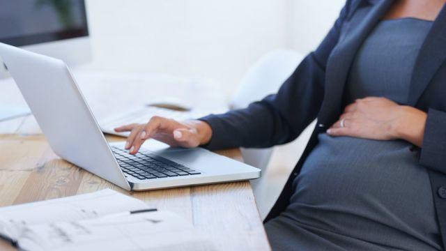 Выплаты декретных для ИП: как получить пособие индивидуальному предпринимателю