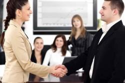 Может ли ИП нанять директора или быть им самому: возможна ли такая должность