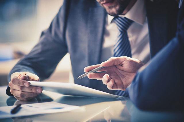 Обязательно ли использование онлайн-кассы для ИП без наемных работников